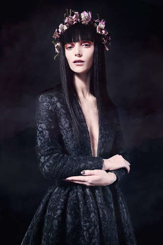 Romantically Gothic Lookbooks