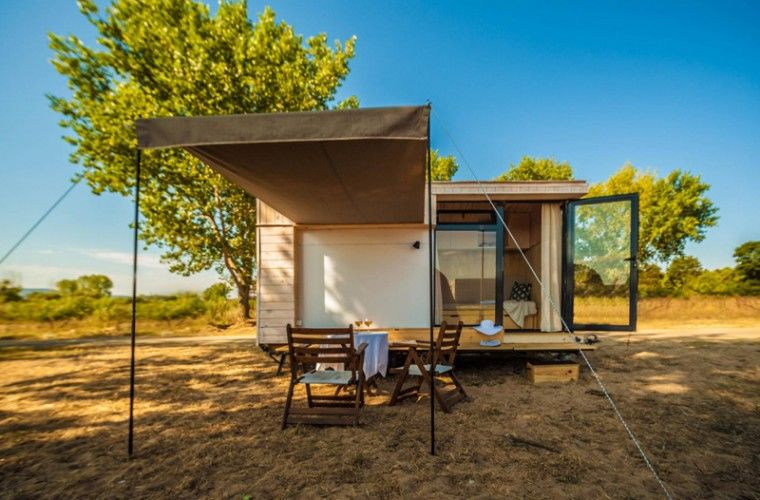Mobile Vacation Homes