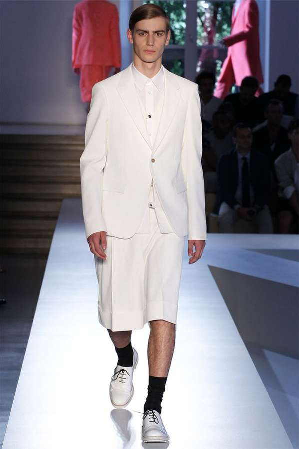 Oversized Minimalist Menswear Looks