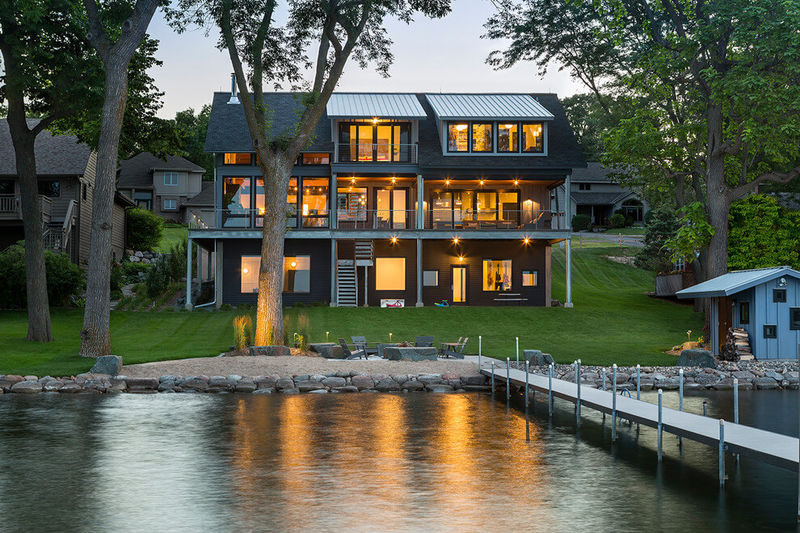 family friendly lakeside retreats minnesota lake house