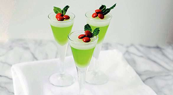 Mistletoe Jelly Shots