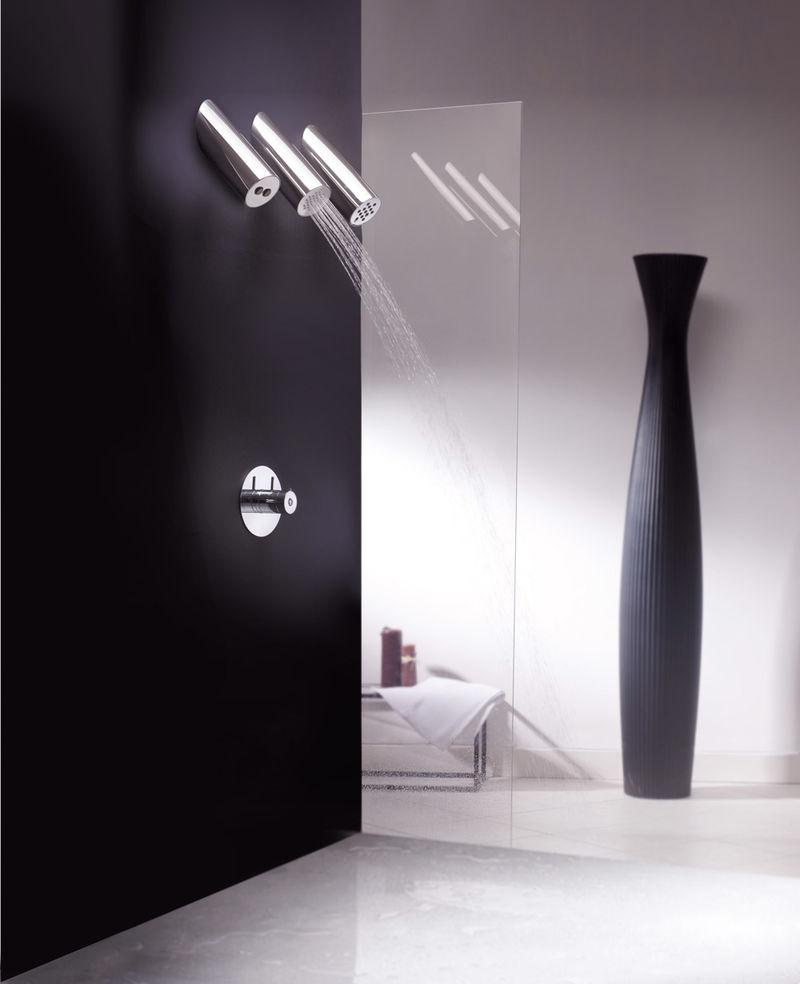 12 Modern Shower Heads