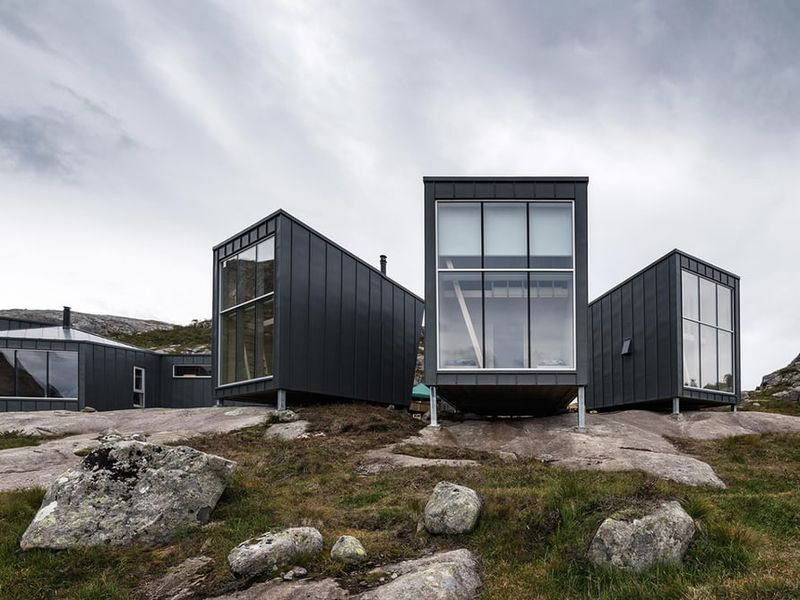 Clustered Mountain Lodges