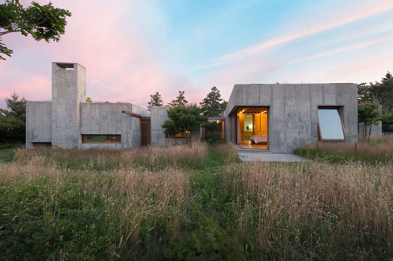 Moveable Concrete Houses House