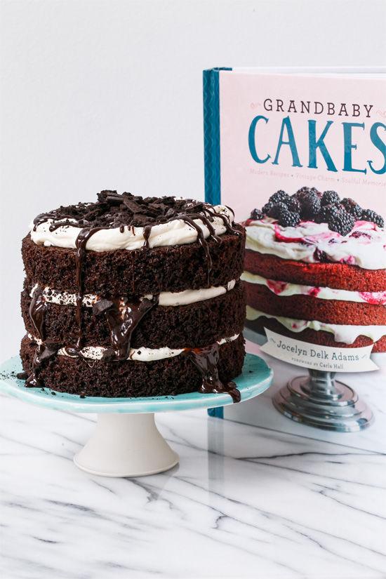 Messy Mudslide Cakes