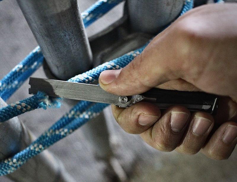 Chain-Cutting Pocket Tools