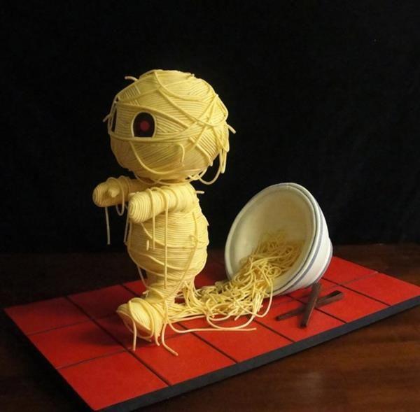 Spooky Ramen Noodle Cakes