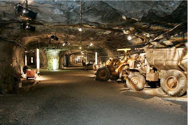 Mining Tunnel Diners
