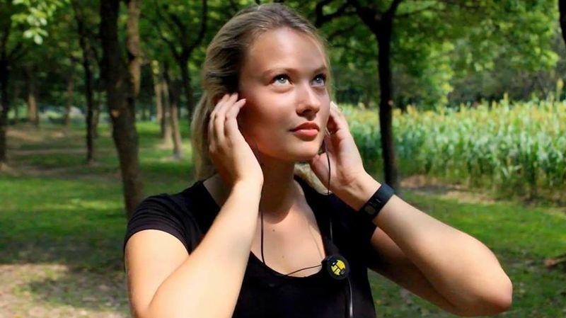Motion-Sensing Earbuds