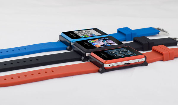 Smartphone-Connecting Wristbands