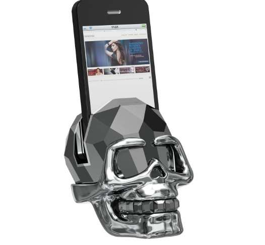 N the Skull Docking Station