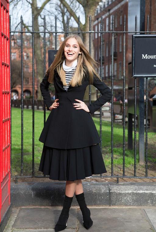 Modernized Elizabethan Fashion