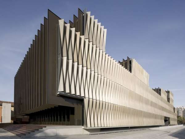 Serrated Facade Structures