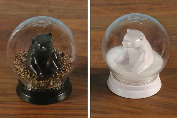neato snowglobe salt and pepper shakers
