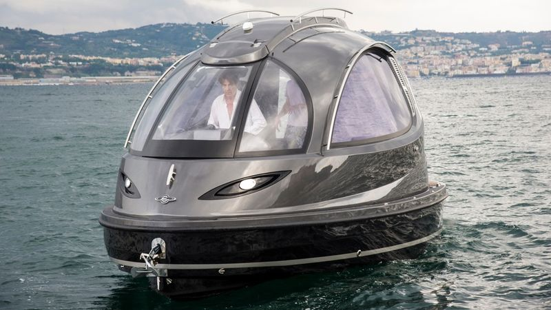 Pod-Shaped Yachts