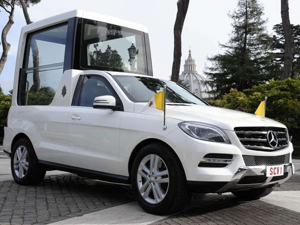 new Mercedes-Benz Popemobile