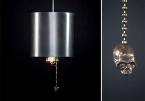 Skull-Dangling Lighting
