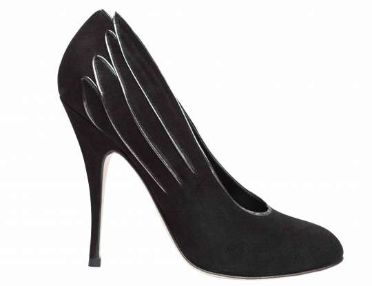 Nicole Brundage Decolletes Pumps