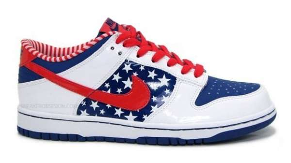 Nike Dunk Independence Day