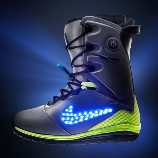 Light-Up Snowboarding Boots