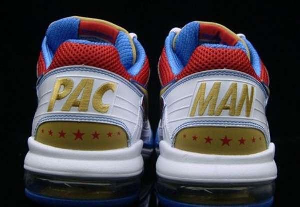 Boxer-Branded Kicks