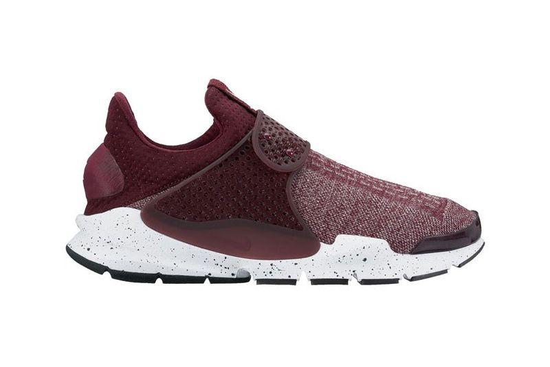 Futuristic Seamless Shoes