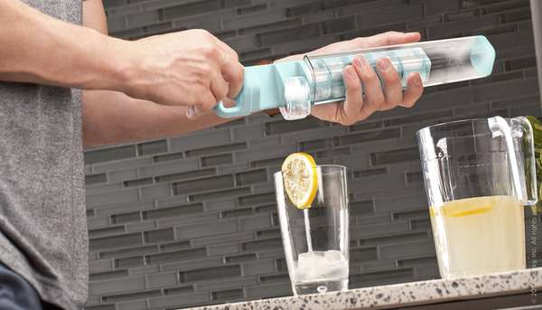 Fuss-Free Vertical Ice Trays
