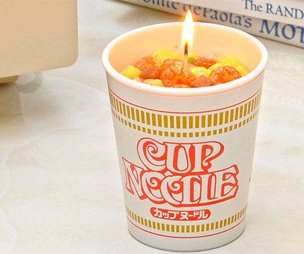 Top Ramen Cup : Ramen noodle cup candles