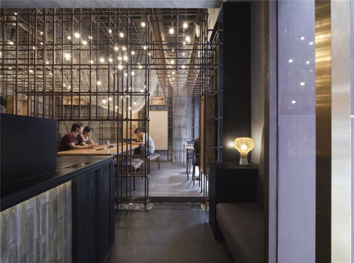 Noodle-Covered Interiors