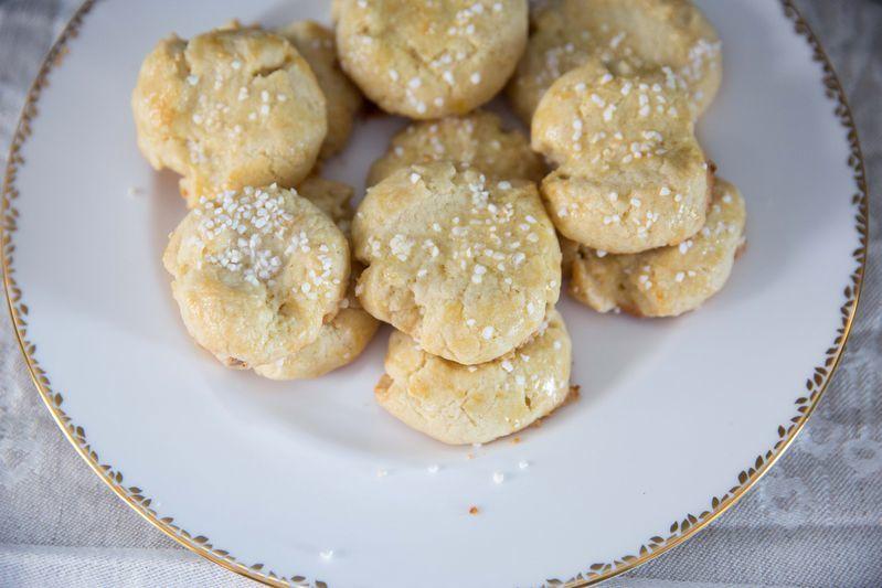 Buttery Norwegian Christmas Cookies