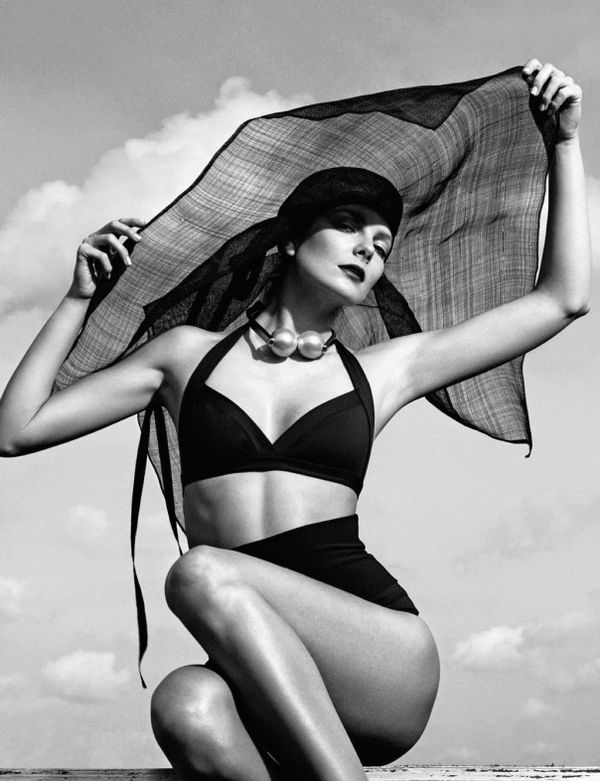 Vintage Beachwear Editorials