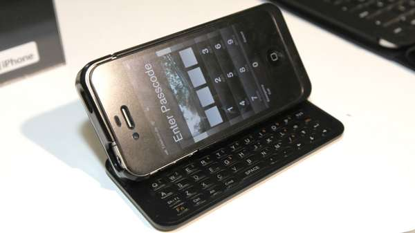 Retractable iPhone Keyboards