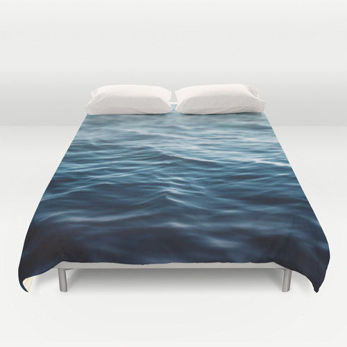 Oceanic Bedspread Decor