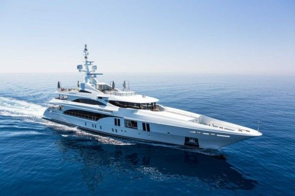 Earth-Saving Luxury Yachts