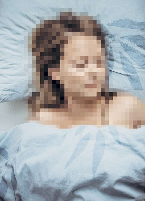 Selectively-Pixelated Photography