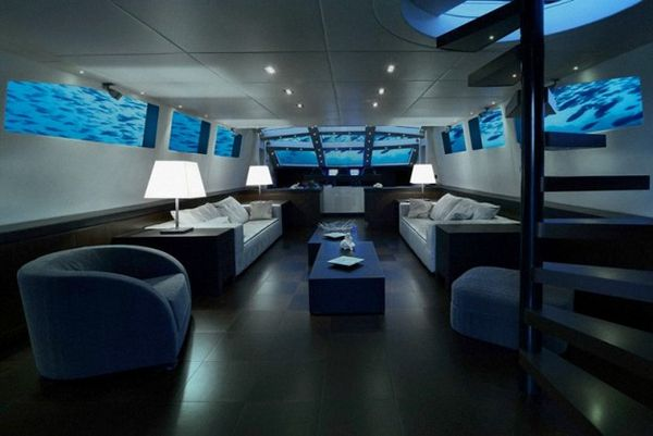Luxury Submarine Hotels