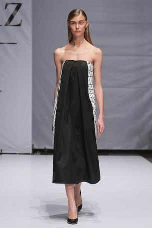 Austere Monochromatic Collections