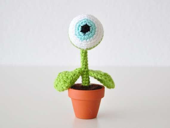 One Eye Alien Plant