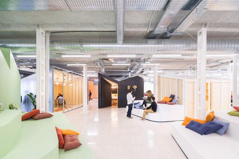 Customizable open office layouts open office for Studio interior design brescia