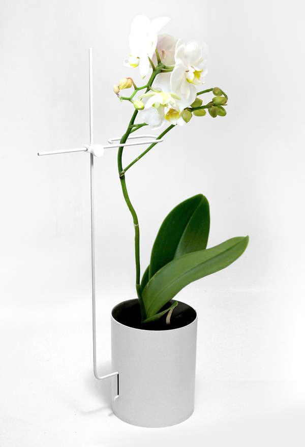 Stem-Holding Flower Planters