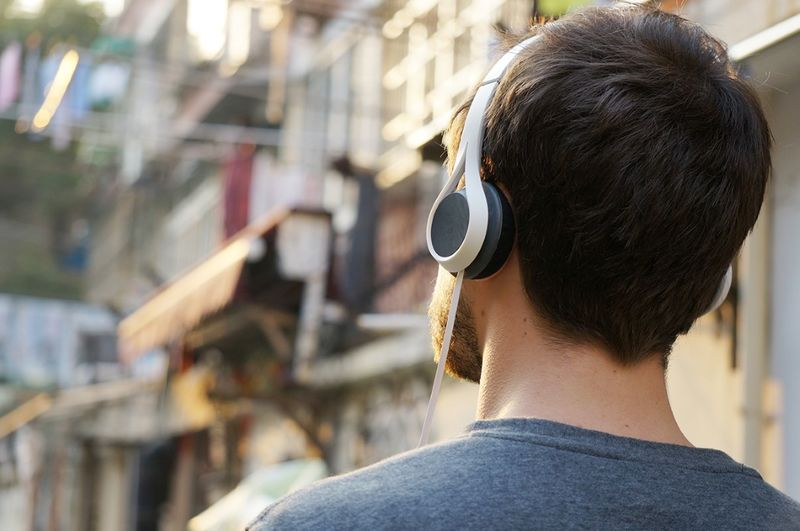 Mobius Strip-Inspired Headphones