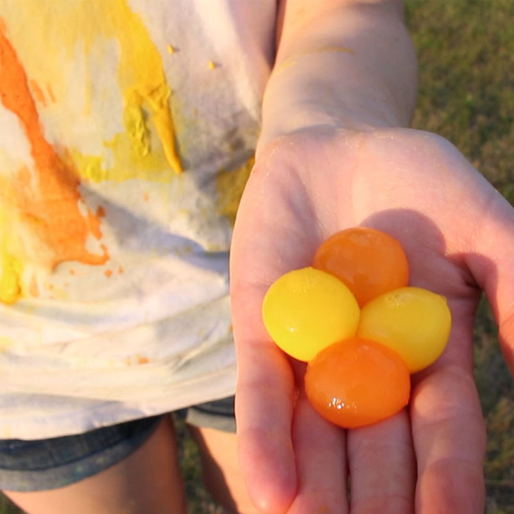 Throwable Paintball Toys