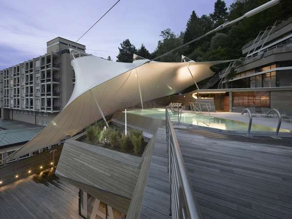 Curvaceous Canopied Retreats