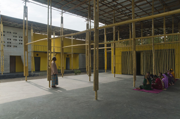 Bamboo Community Complexes