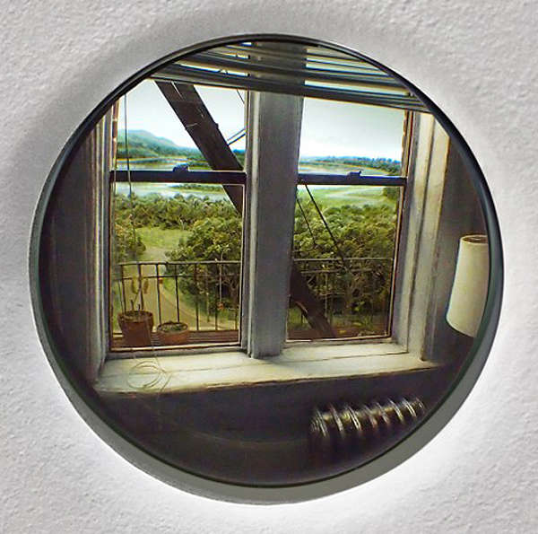 Porthole Diorama Exhibits