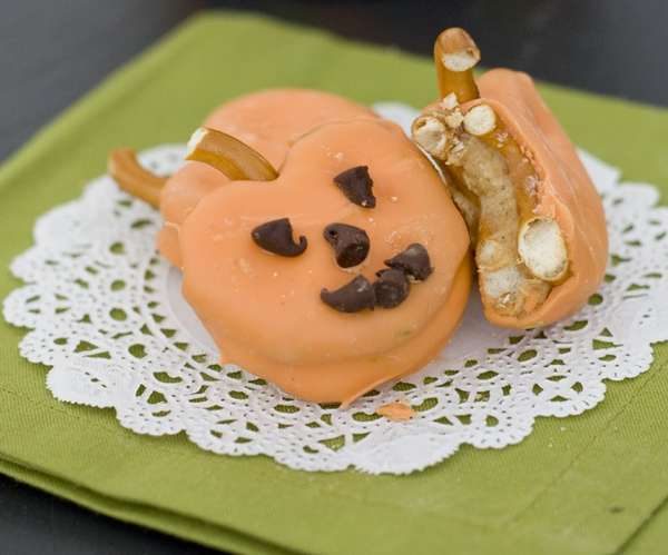 Crunchy Gourd Confections