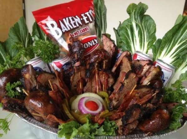 Pecan Lodge Meat Basket