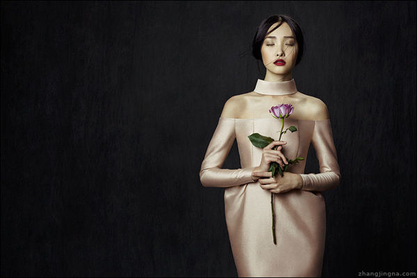Elegant Flower-Inspired Lookbooks