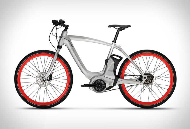 App-Connected E-Bikes
