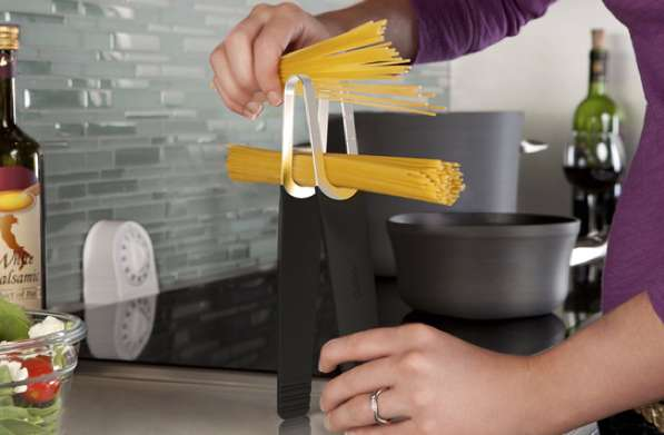 Pinch Pasta Tongs
